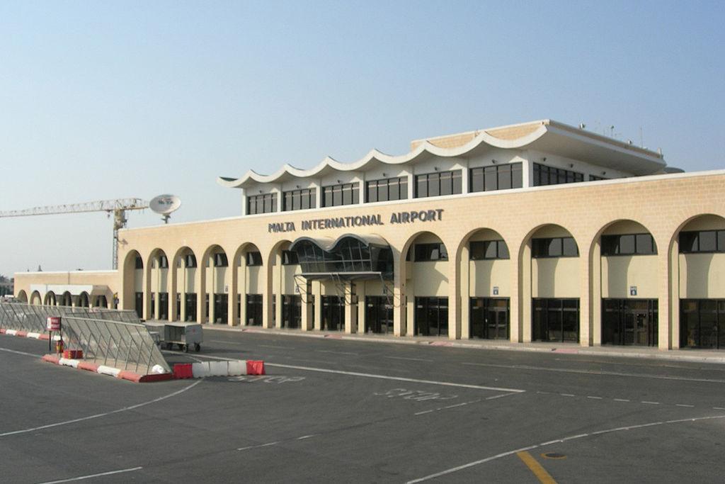 megnyílik Málta reptere a magyar utazók számára